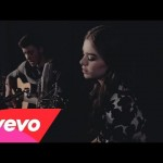 Shawn Mendes & Hailee Steinfeld – Stitches (Acoustic)