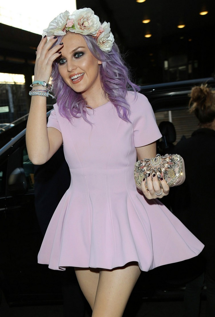 perrie-edwards-1148412980