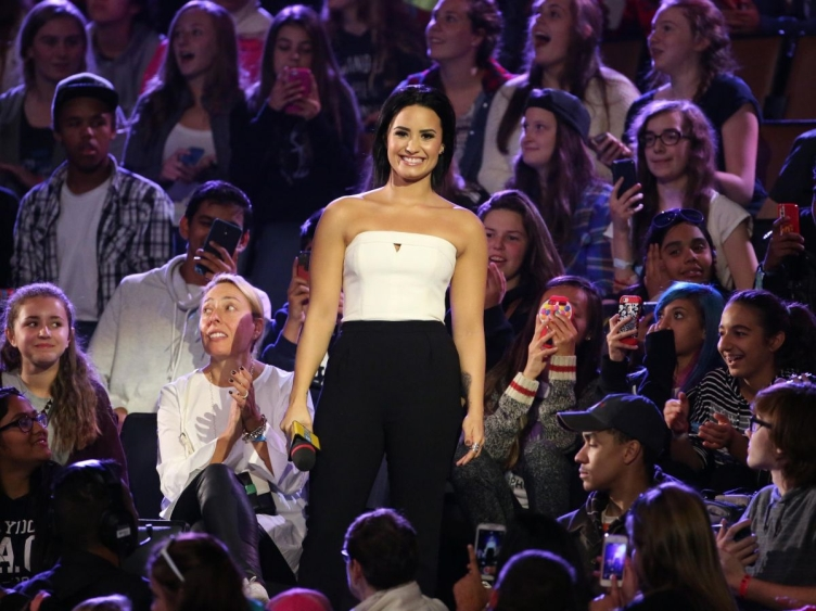 demi-lovato-at-we-day-toronto-at-the-air-canada-centre-10-201-2015_7