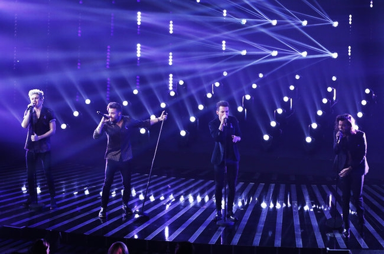 one-direction-x-factor-perfect-2015-billboard-650