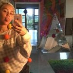 "Miley Cyrus trudna i udata u šou ""The Voice""?"