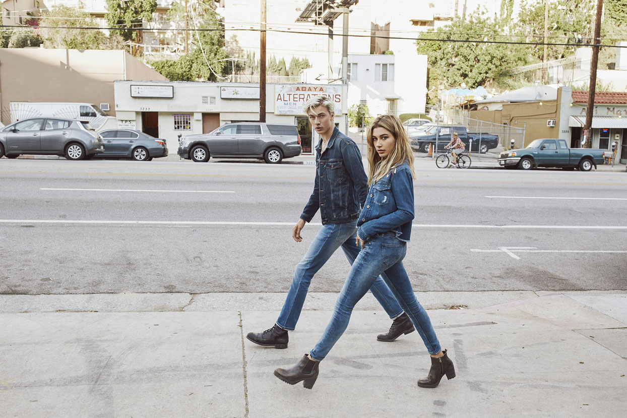 lucky-blue-smith-and-hailey-baldwin-for-hilfiger-denim-fall-winter-2016-4-72p