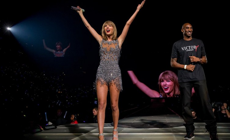 taylor-swift-performs-at-1989-world-tour-concert-in-los-angeles-08-21-2015_5