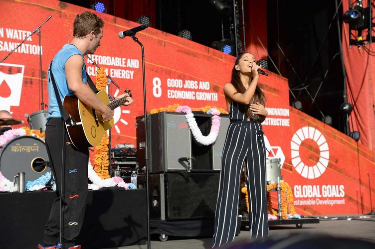2015-global-citizen-fest-ariana-grande6
