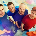 Coldplay – Birds (Official video)