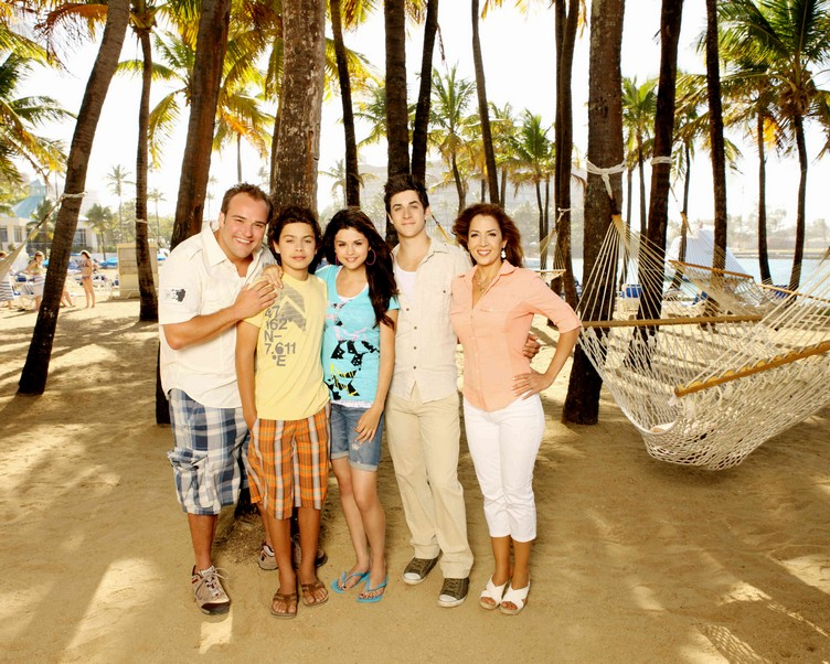wizards_of_waverly_place01